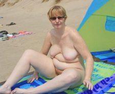 Voyeur Beach Bikini Candid Mature Panties