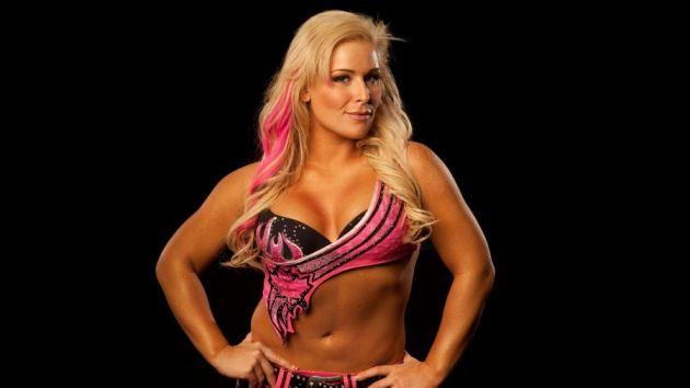 Wwe Diva Natalya Sexy