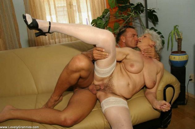 Granny pictures xxx Granny Nude