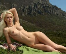 tube7 Interesting Blonde Conquers Mountains